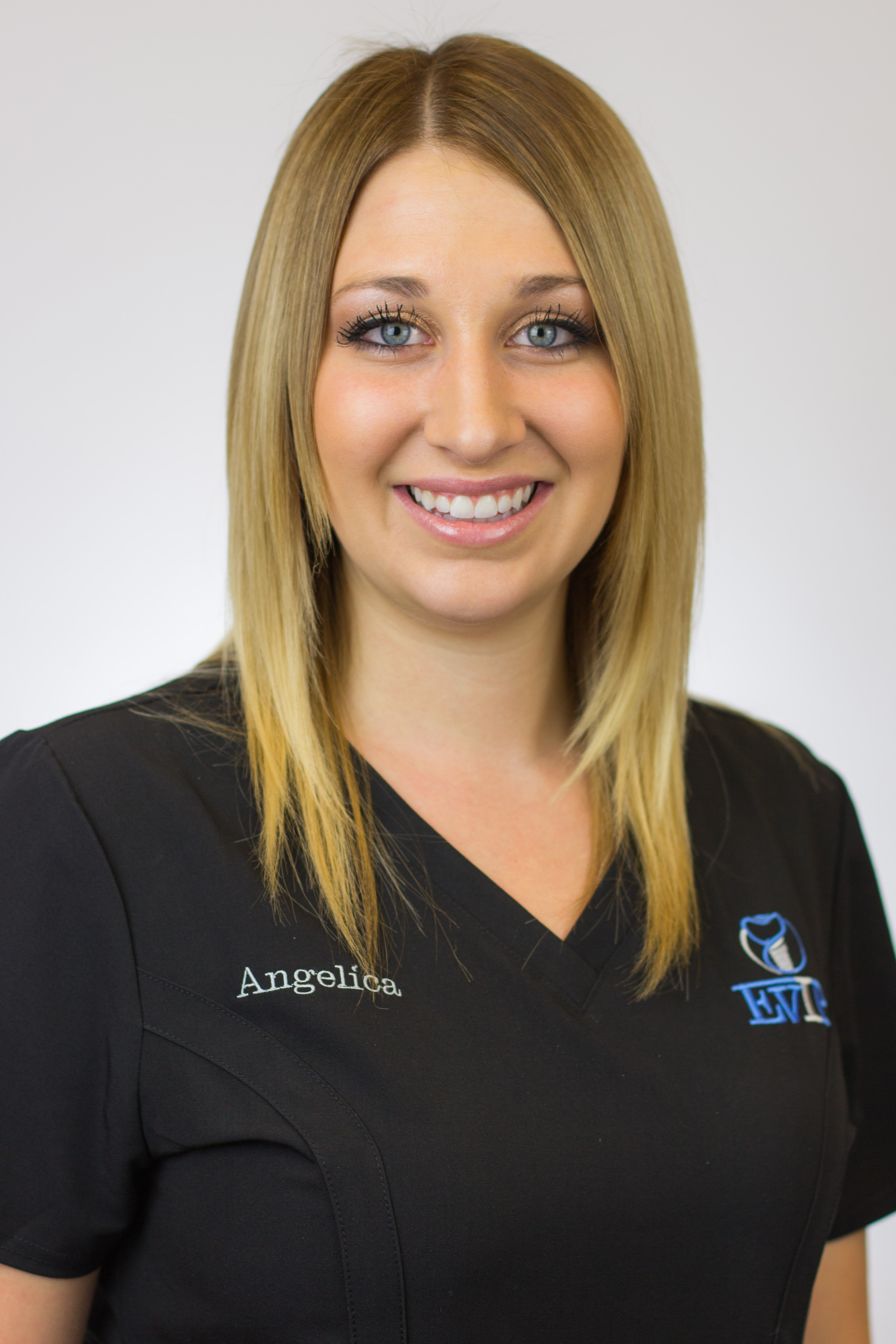 Angelica is part of the friendly staff at East Valley Implant